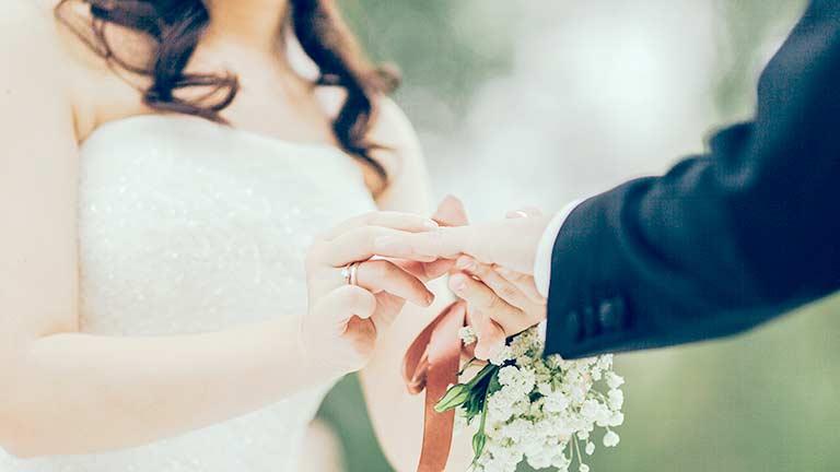 プレゼントの考え方は結婚前後で変わる?